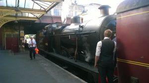 43924 at Keighley Station