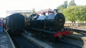 43924 passing Turntable at Keighley