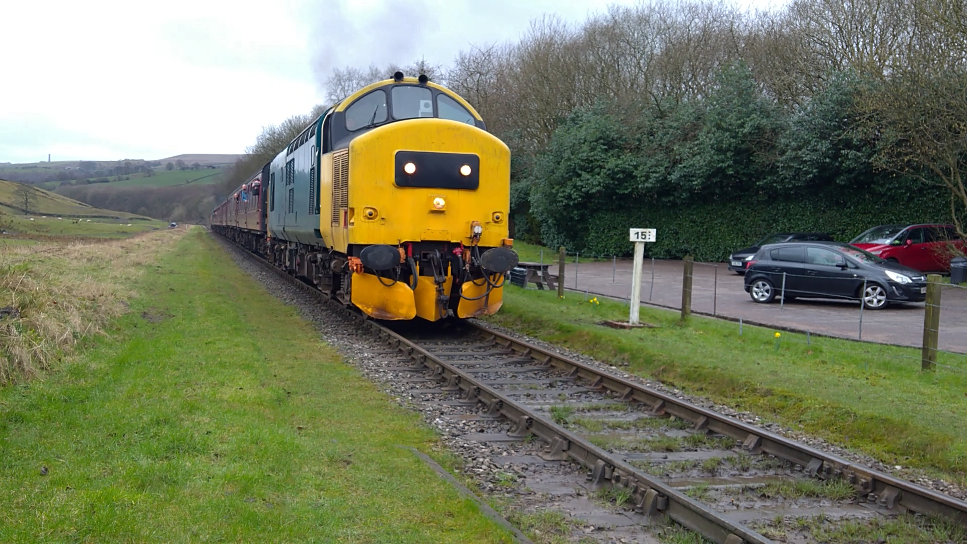 Class 37 Deltic at Irwell Vale