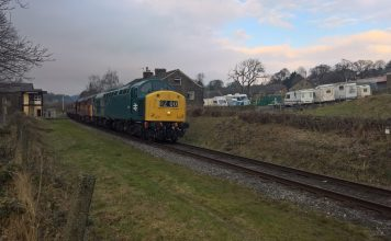 40145 and 31466 pass Townsend Fold on the East Lancashire Railway