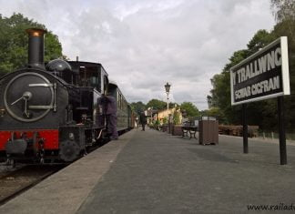'The Earl' awaits departure from Welshpool Raven Square on the Welshpool & Llanfair Railway