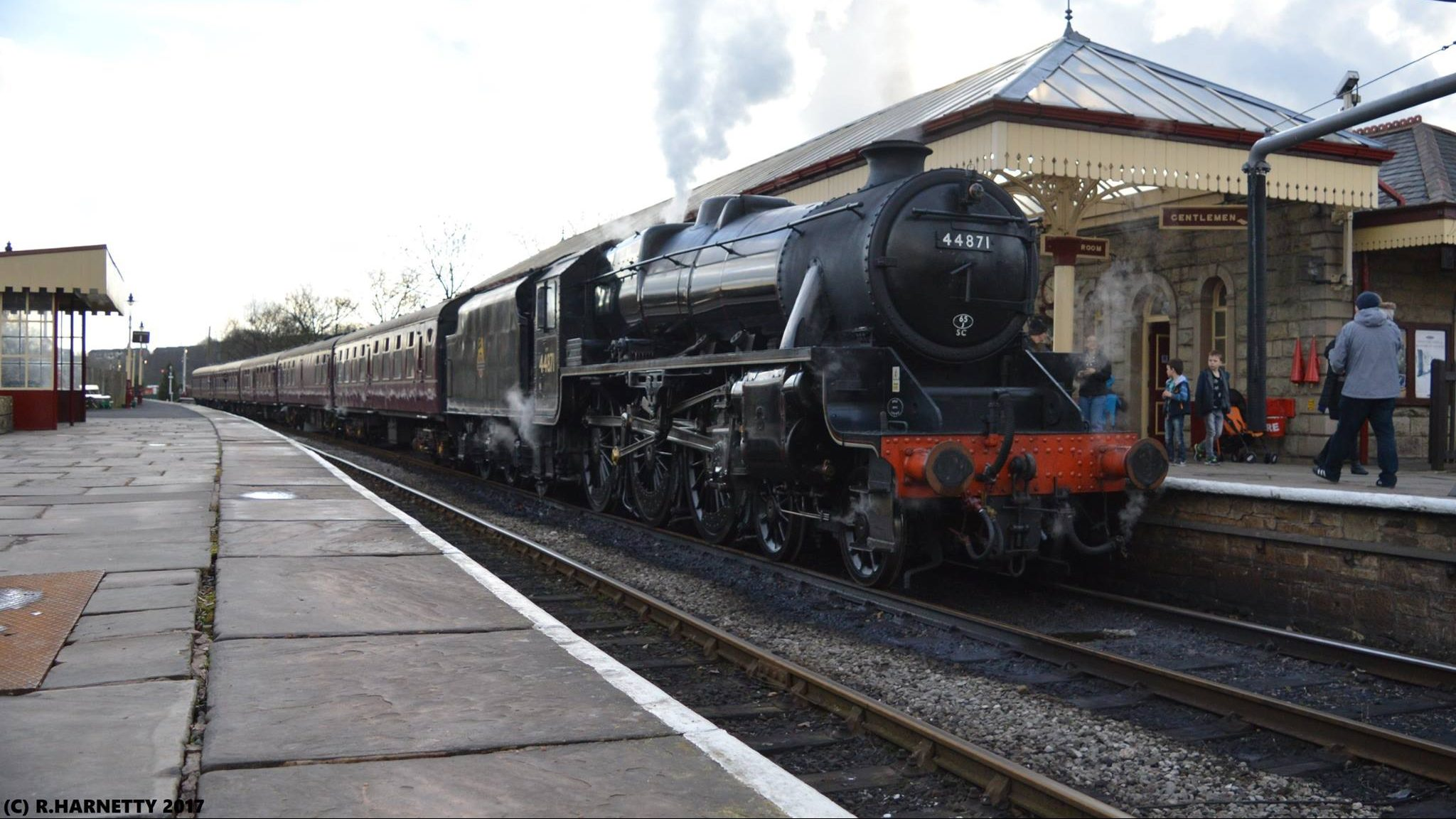 44871 at Ramsbottom on the East Lancashire Railway