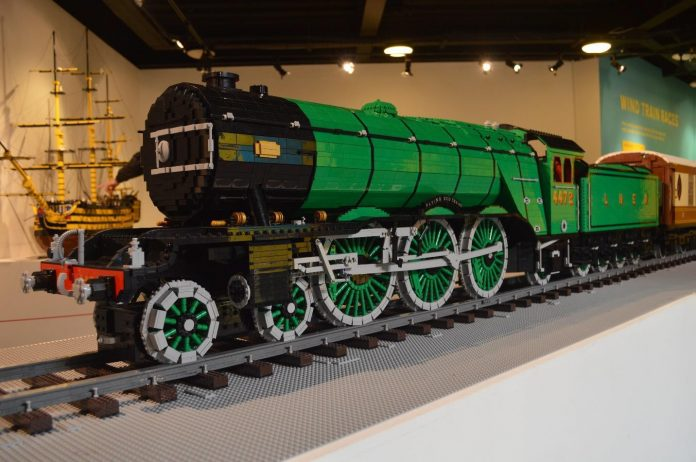 Lego Flying Scotsman (Midland Railway - Butterly)