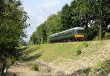 A DMU on the Swanage Railway