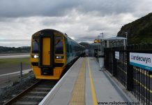 Arriva Trains Wales Class 158 No. 158829 arrives into Llandecwyn with the 07:06 Pwllheli to Machynlleth