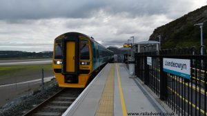 Arriva Trains Wales Class 158 No. 158829 arrives into Llandecwyn with the 07:06 Pwllheli to Machynlleth