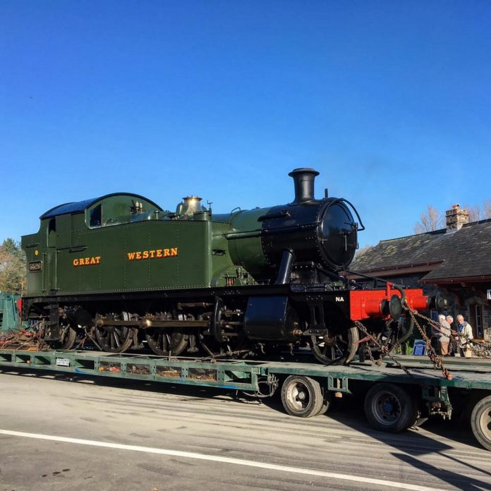 5526 departing South Devon Railway for Gloucestershire and warwickshire Steam Railway Credit: South Devon Railway FB Page