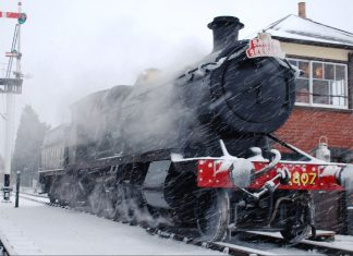 Gloucestshire Warwickshire Steam Railway Santa Specials