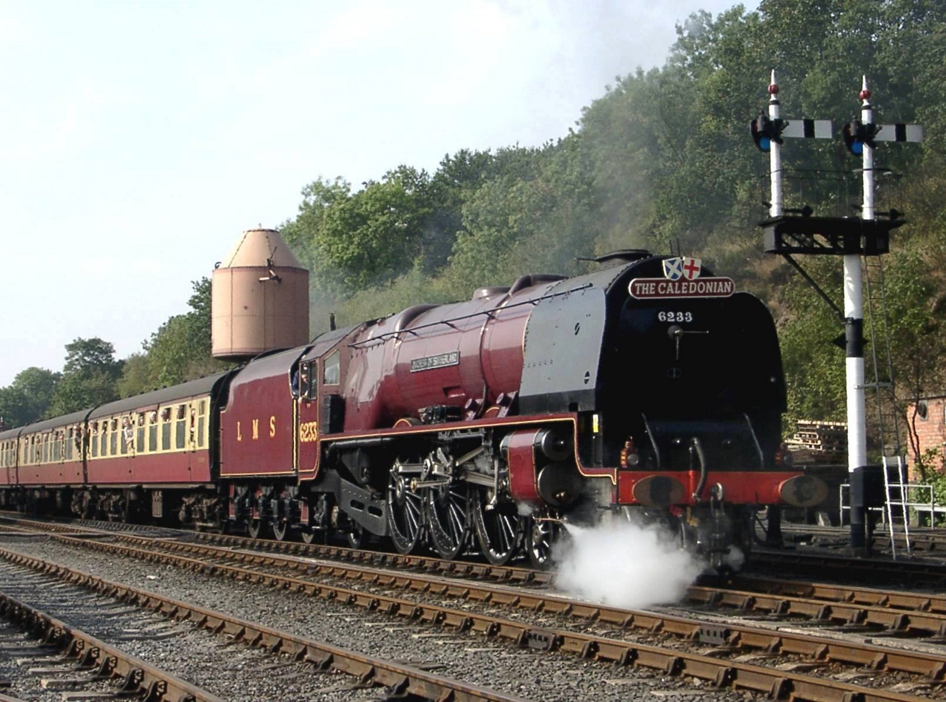 Medium T 34 Tank furthermore 56 Ge Transportations Optimization Solutions also Severn Valley Railway Announce Their First Guest For 2018 Autumn Steam Gala further Ireland 1992 in addition Watch. on locomotive repair