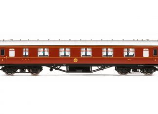 Stanier 3 coaches now available from Hornby