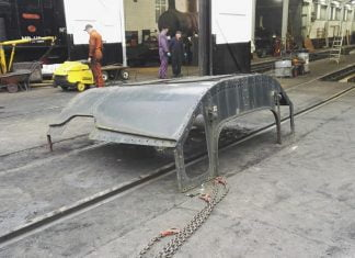 The Cab Roof receiving a hose down before Sanding // Credit James Horrell‎
