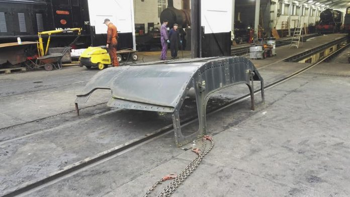 The Cab Roof receiving a hose down before Sanding // Credit James Horrell