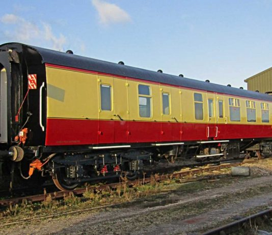 Lincolnshire Wolds Railway complete restoration of Mk1 carriage