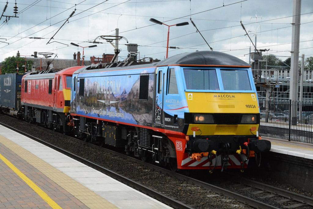"DB Cargo Rail and Malcolm Logistics Class 90/0's, 90024 & 90019 ""Multimodal"""