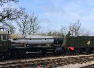 "6984 ""Owsden Hall"" and Tender Shunted Outside // Credit Monty Luffman"