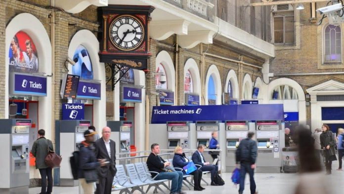 London Charing Cross to get free drinking water with Network Rail