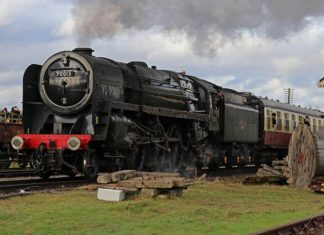 70013 Oliver Cromwell at Quorn and Woodhouse on the Great Central Railway