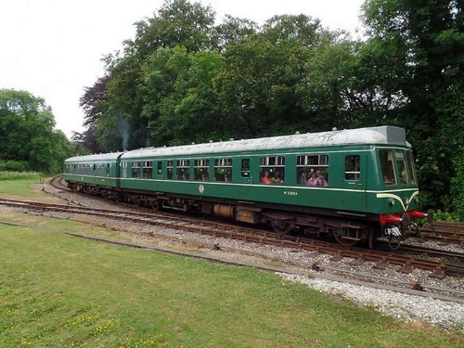 Weardale Railway launch fund to bid for Bodmin and Wenford Railway class 108 dmu