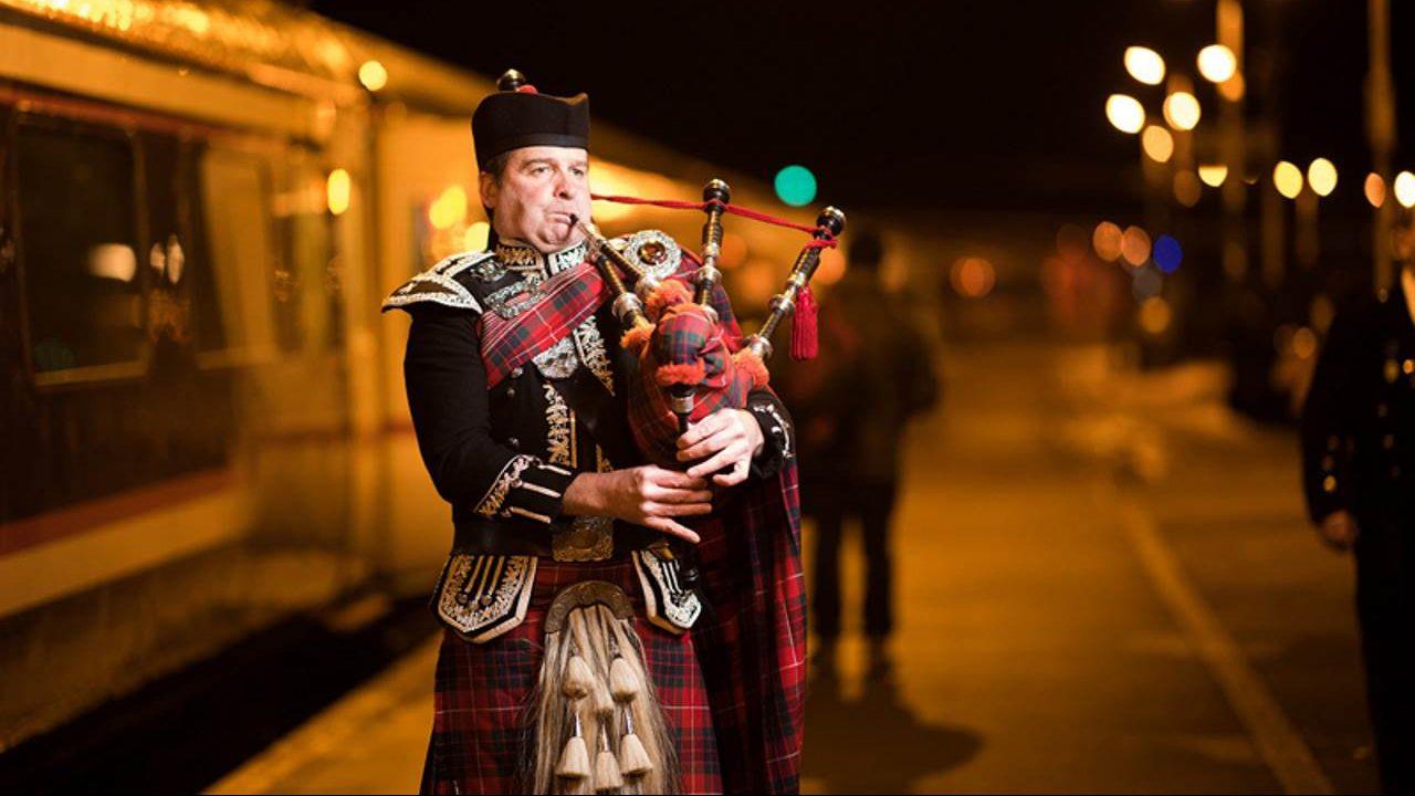 Burns Night 2018 - Spud the Piper // Credit: Caledonian Sleeper
