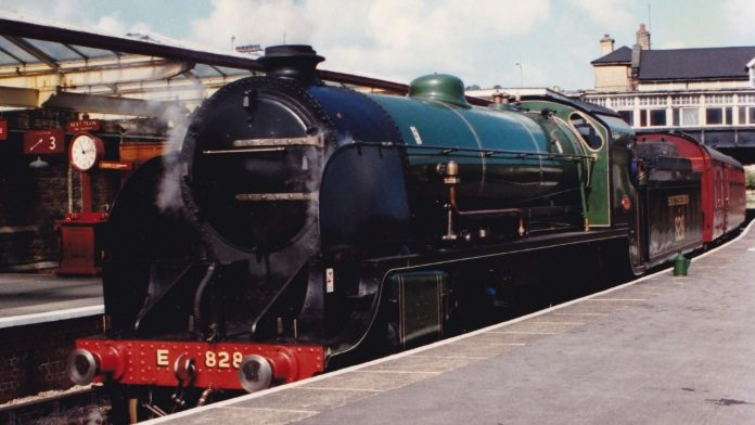 Eastleigh Railway Preservation Society No. 828 at the Keighley and Worth Valley Railway