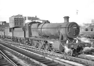 No.2898 // Credit Warwickshire Railways