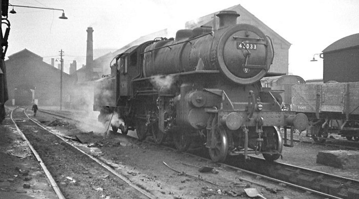 No.43033 with Wrong Smokebox Number of No.42033 // Credit Linel J Lee