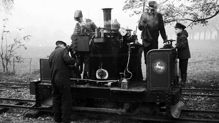 Chaloner at Leighton Buzzard in 1968. Three of the four pictured are still members, and the child on the right will be driving her on the special train. Photo by Alf Fisher