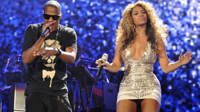 (EXCLUSIVE, Premium Rates Apply) (Exclusive Coverage) Beyonce and Jay-Z perform at Yankee Stadium on September 15, 2010 in New York City.