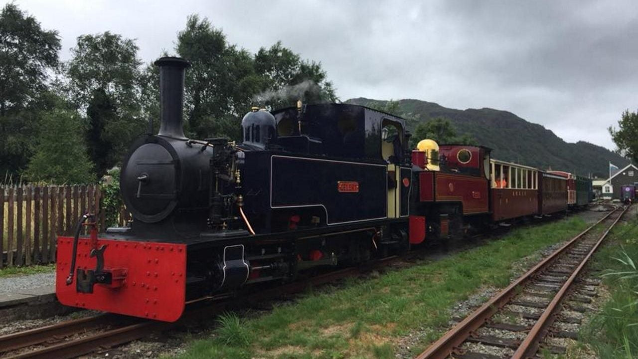 Gelert and Russell at the Welsh Highland Railway