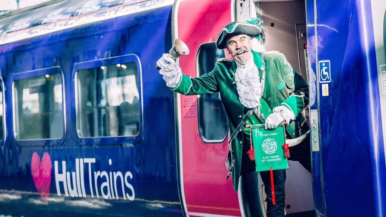 Hull Trains passengers sent off by town crier