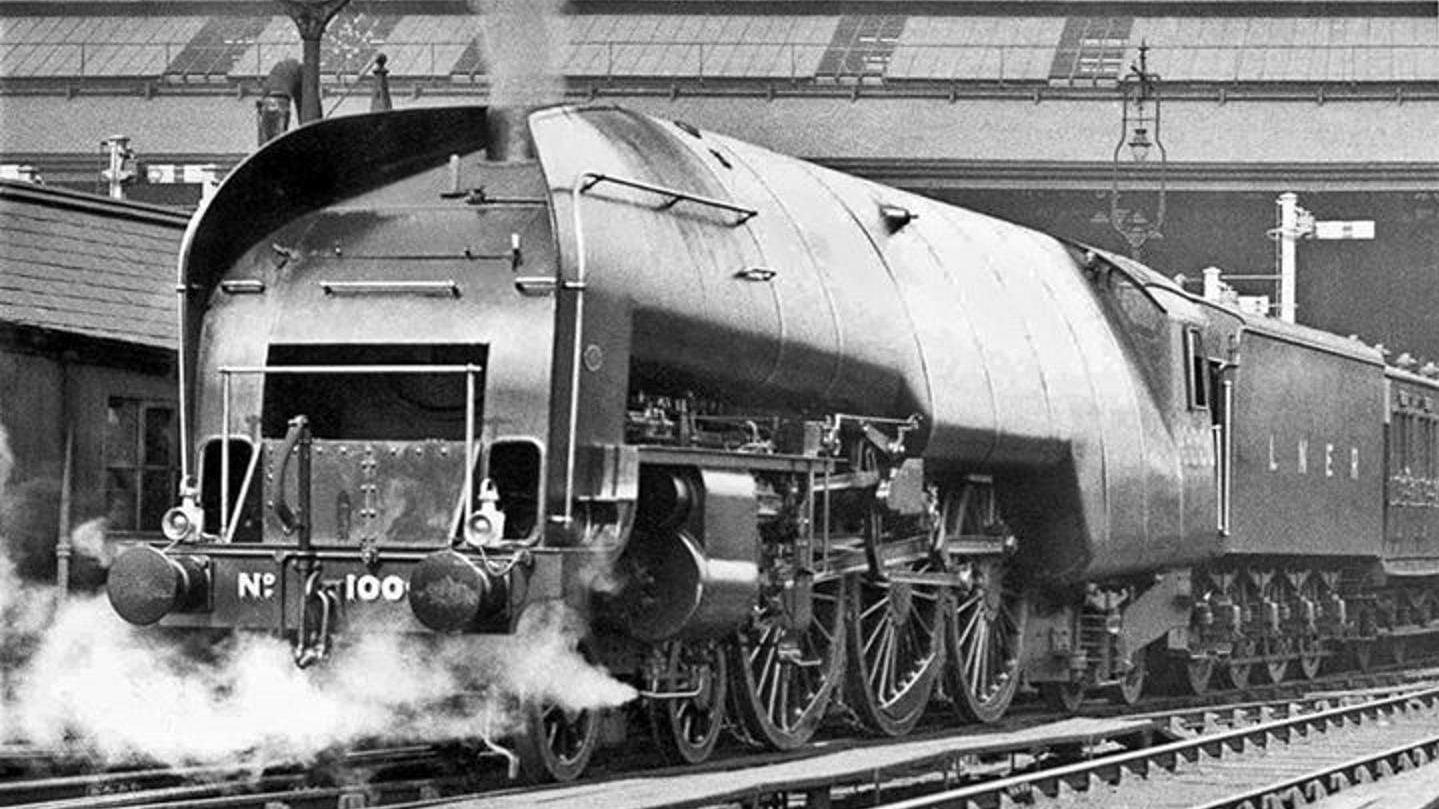 10000 Hauling an Passenger Train // Credit Phil Copleston