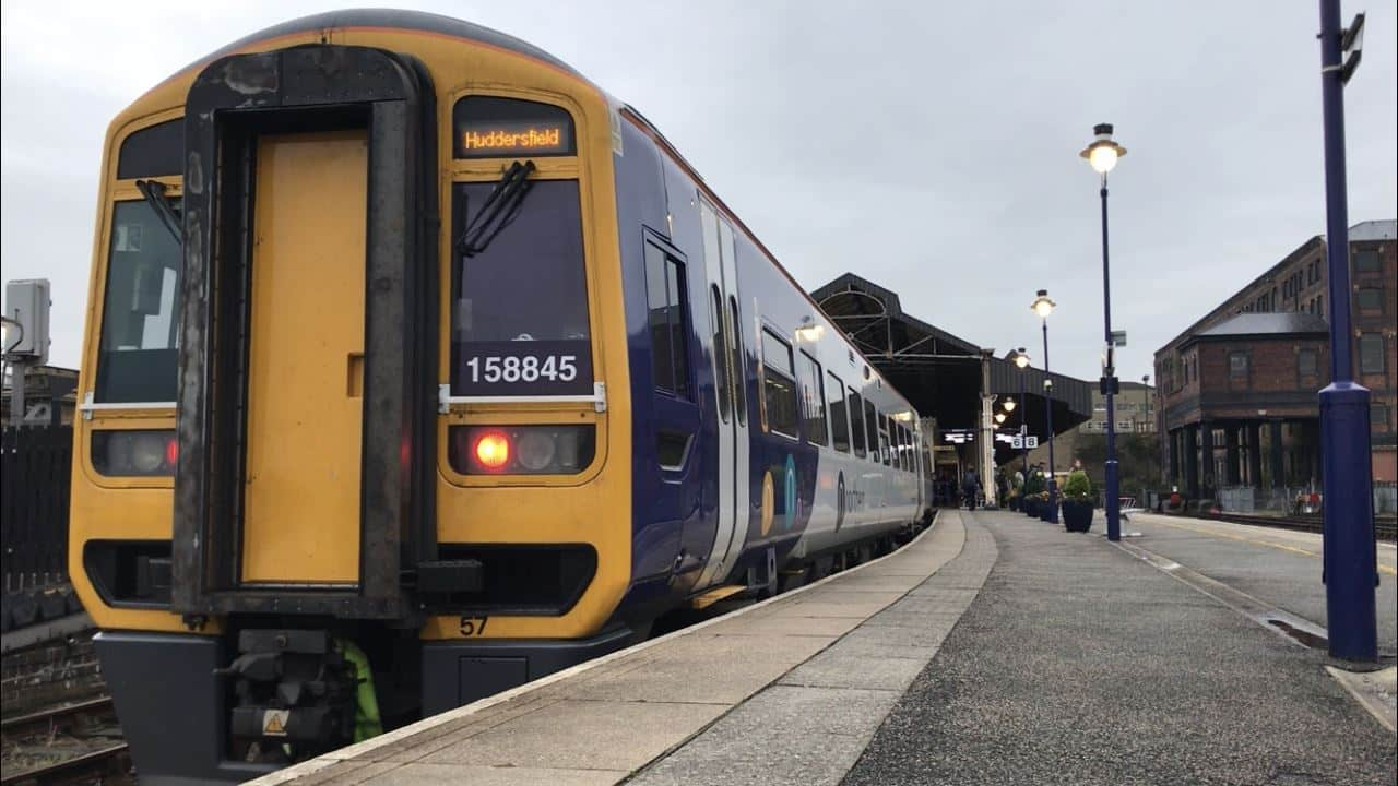 158845 at Huddersfield