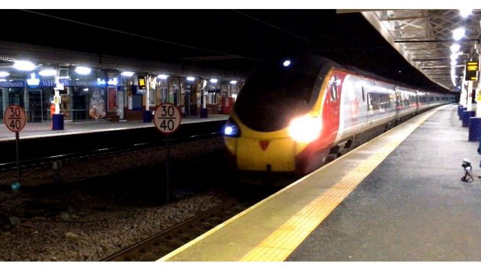 Virgin Pendolino through Bolton