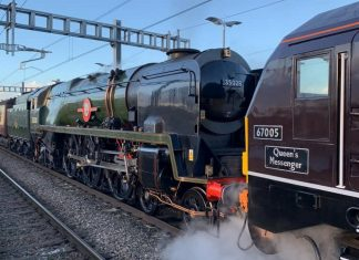 35028 Clan Line on the Royal Train