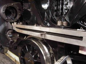 Fitting Fireman's Side Lower Slidebar // Credit The Sir Nigel Gresley Locomotive Trust Ltd