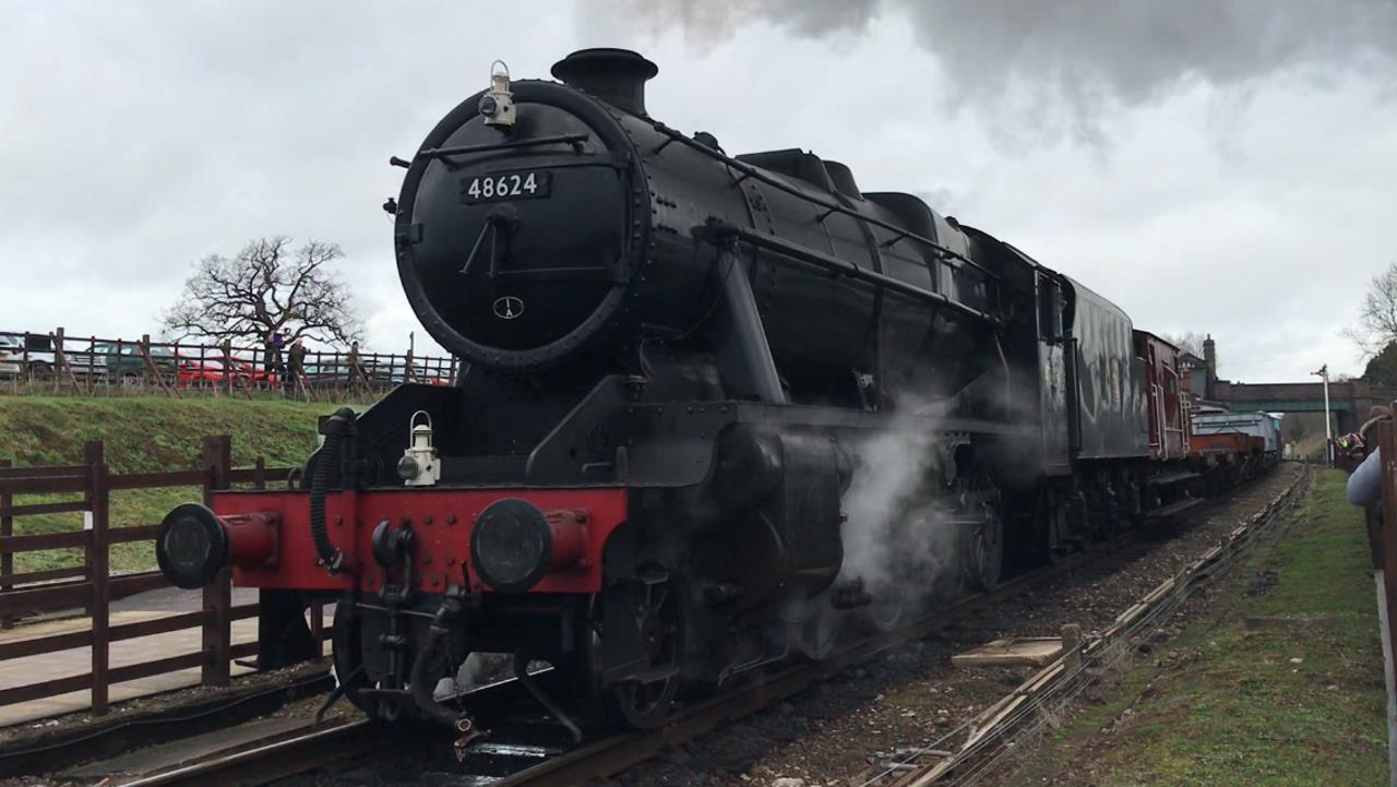 48624 at Quorn mixed freight