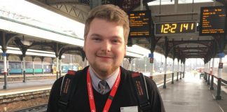 Conductor uses twitter to keep passengers updated