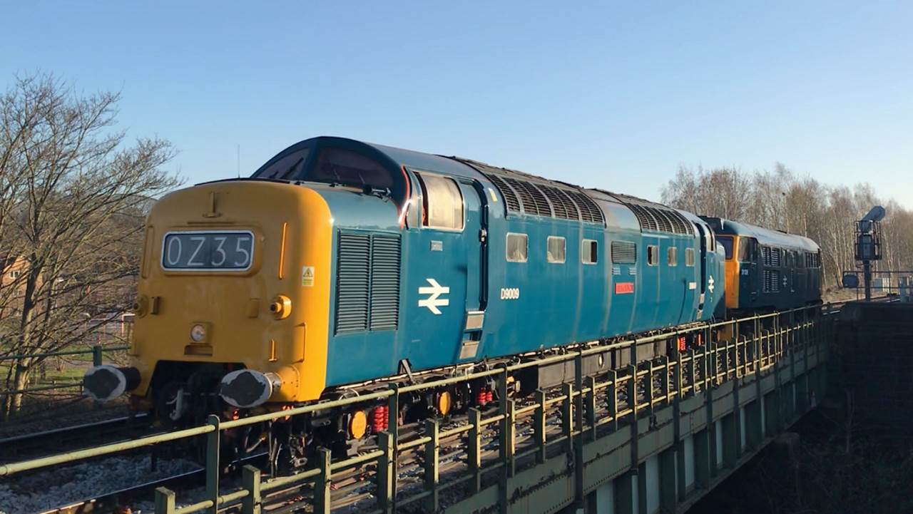 D9009 at Chesterfield