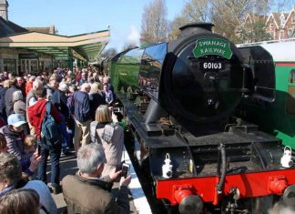 Swanage Railway welcomes Flying Scotsman