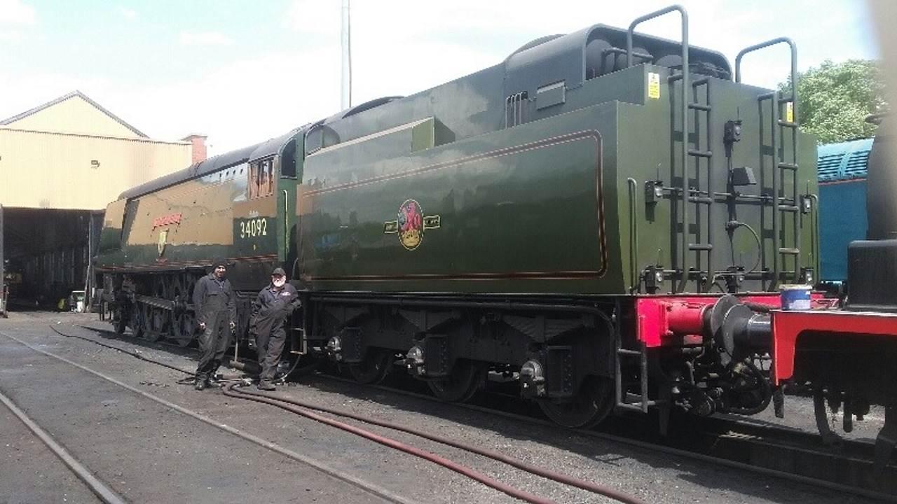 Steam locomotive 34092 City of Wells loaned new tender