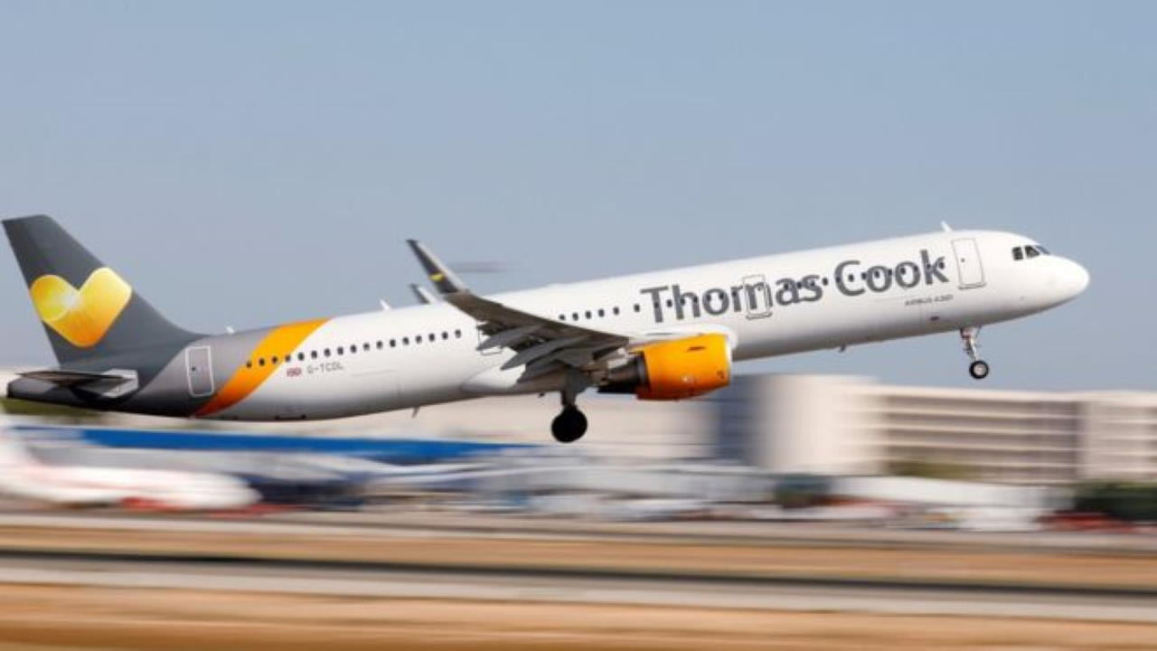 Thomas Cook airlift brings home 15,000 passengers in first day