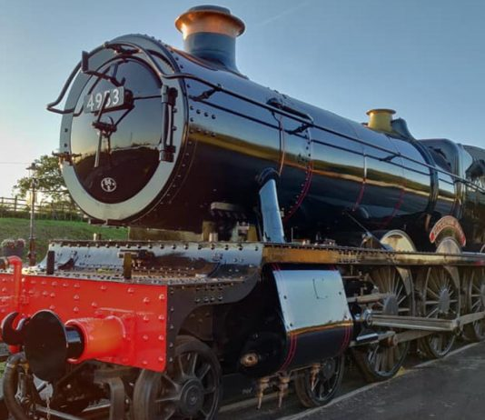 """4953 """"Pitchford Hall"""" // Credit Epping Ongar Railway MPD"""