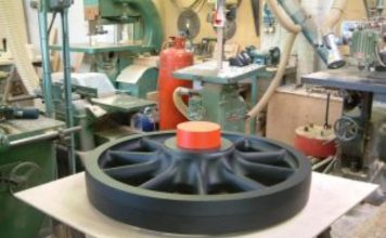 Pattern for Leading and Trailing Wheels // Credit The Holden F5 Steam Locomotive Trust