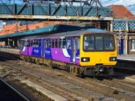 Class 144 heading to the Great Central Railway Nottingham