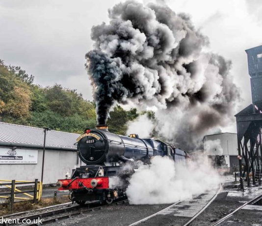 6023 King Edward II departing Grosmont