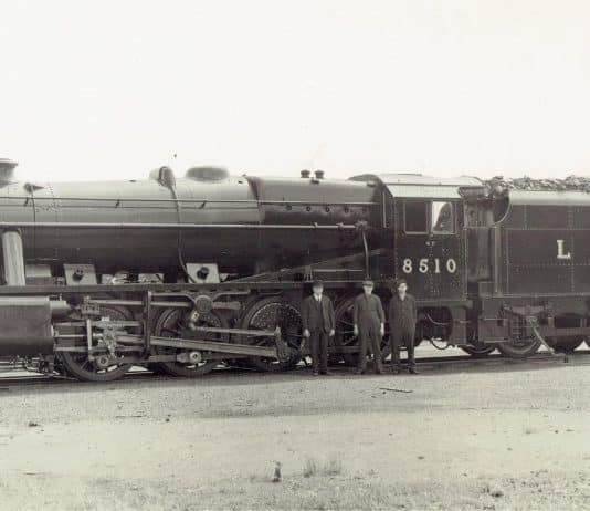 8510 at Doncaster Works in 1943 // Credit Unknown