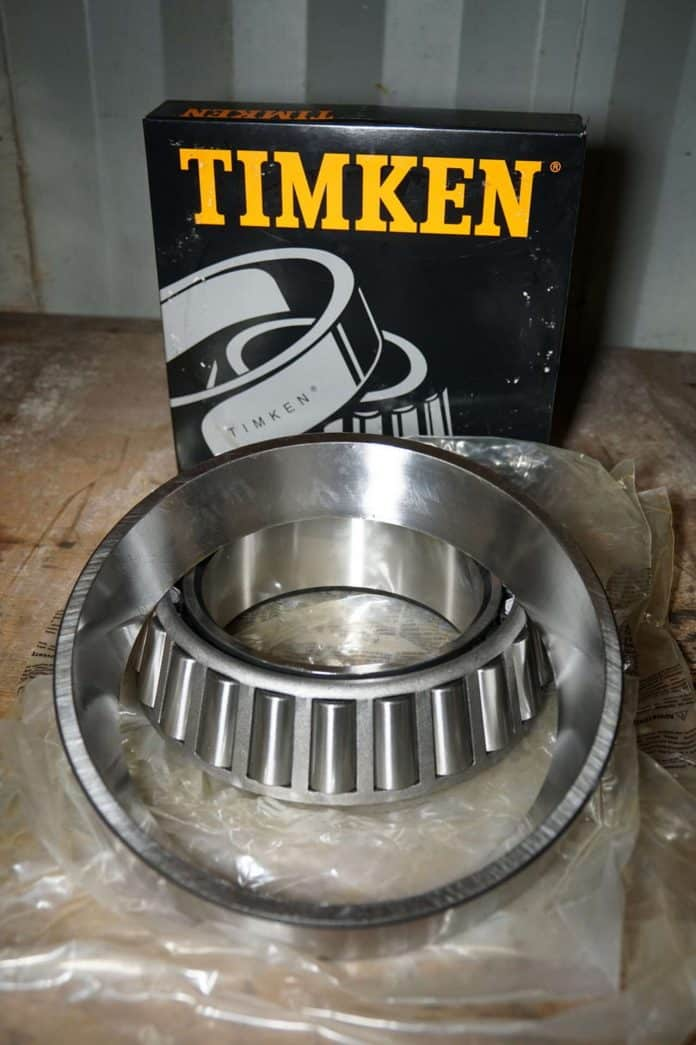 Timken-bearing-and-race-for-the-tender-3