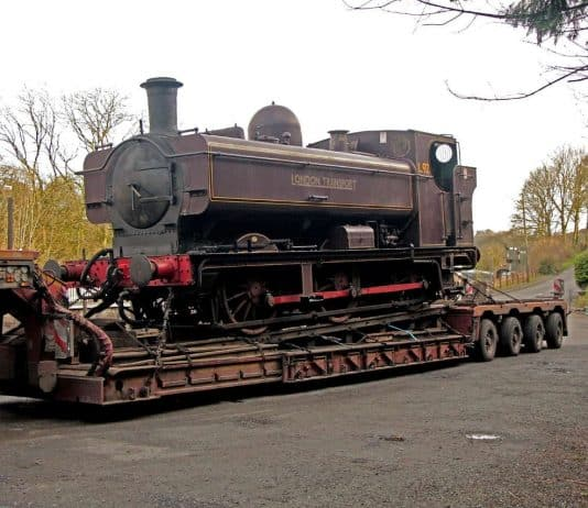 L92 arrives at the Gwili Steam Railway