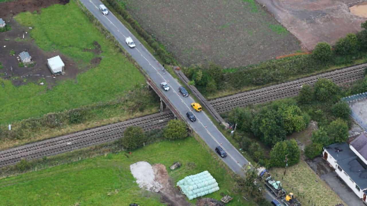 bridge renewal crewe middlewich road