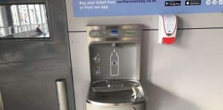 Passengers take on plastic pollution at Leeds railway station water fountain